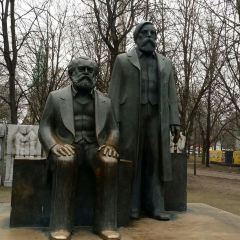 Karl-Marx-Allee User Photo