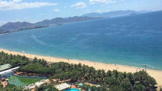 珊瑚灣海灘