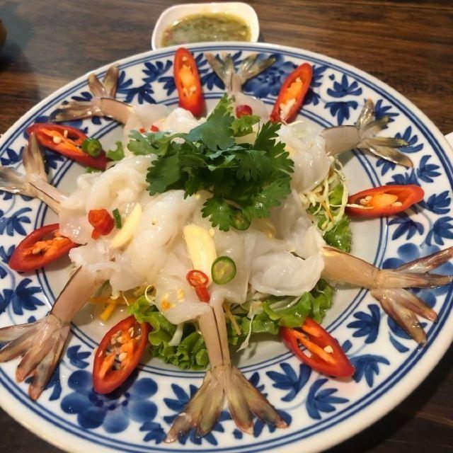 One Chun Cafe & Restaurant