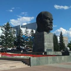 Lenin's Monumen User Photo