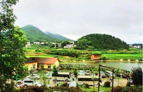 蓮華鄉村旅遊區