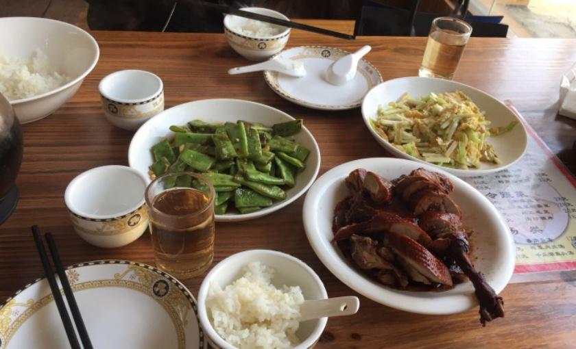 鑫晨土菜館