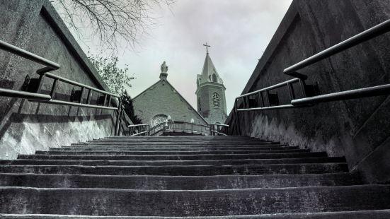 聖十字-Immaculata天主教堂