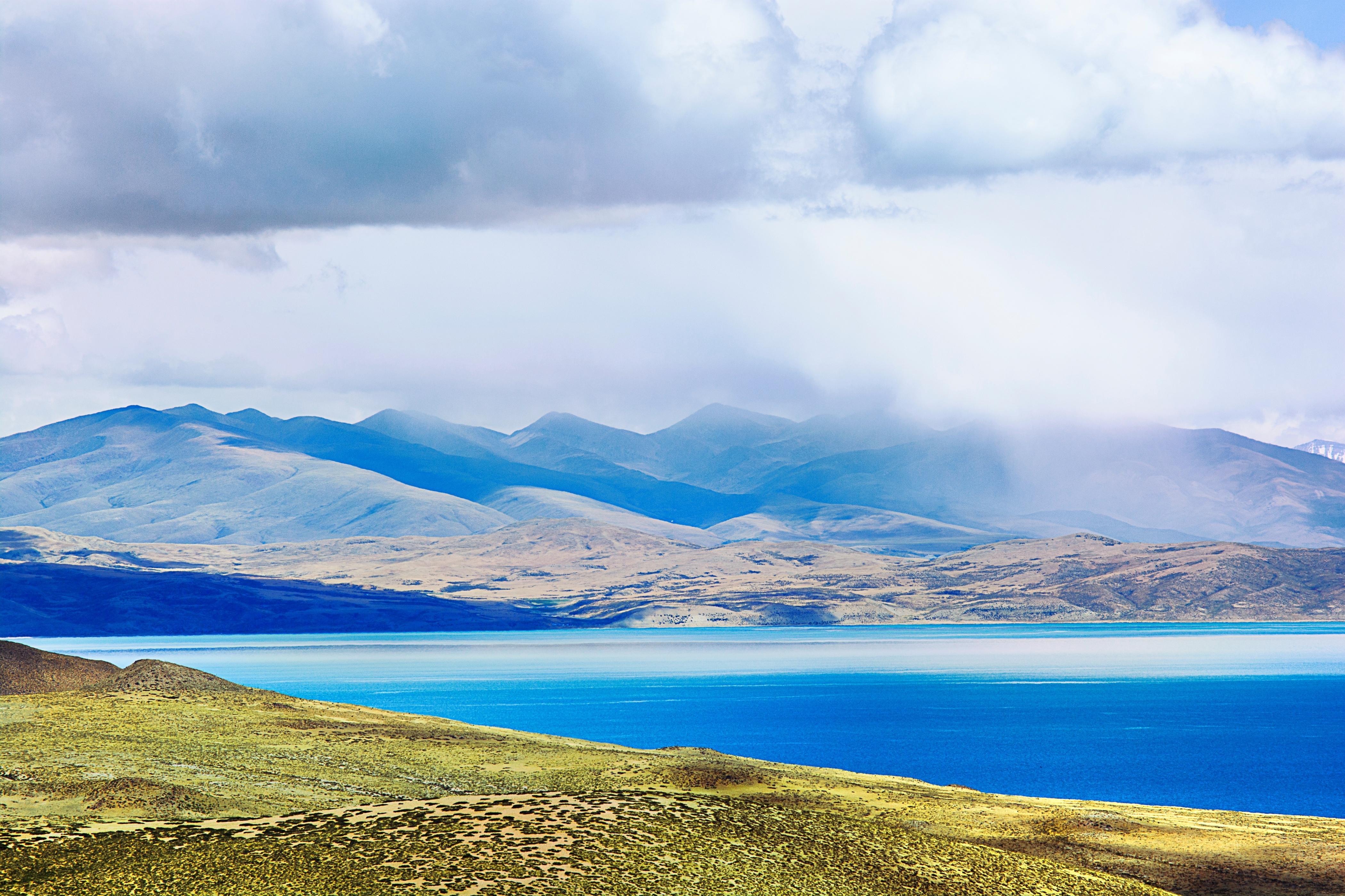 阿裡神山聖湖旅遊區