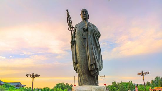 Bronze Statue of Master Xuanzang