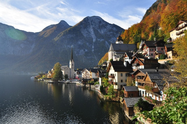 Too Beautiful to Be True! A Fairy Tale Town in Austria by The Lake
