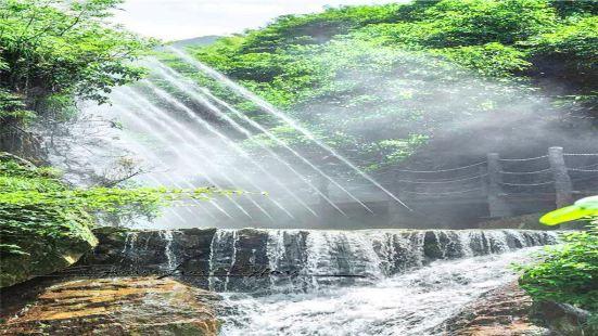 三聯峒冰泉景區