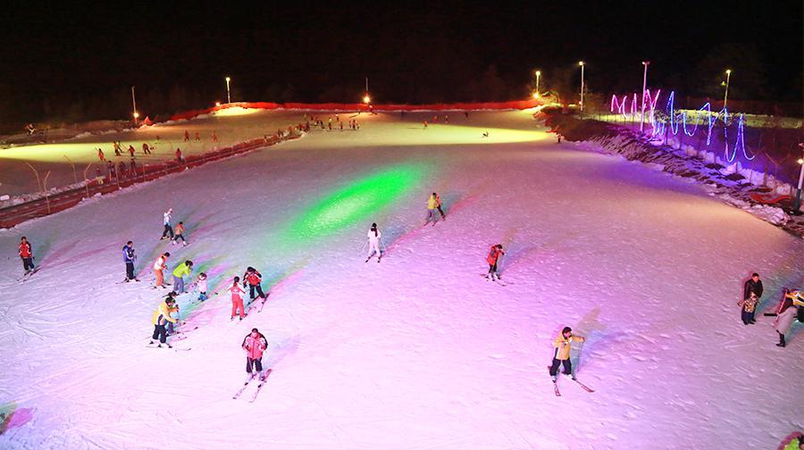 紫柏山國際滑雪場