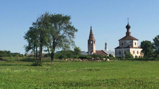 古老的聖袍修道院鐘樓