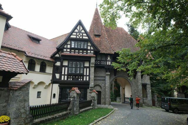 錫納亞修道院