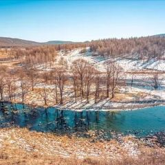 얼지 않는 강 여행 사진
