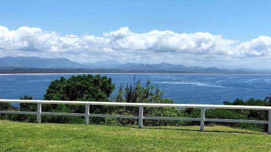 拜伦湾,位于澳大利亚新南威尔士东北角的海湾。这里没有考拉,没