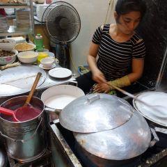 Banh Cuon Gia Truyen User Photo