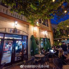 Puku Cafe and Sports Bar User Photo