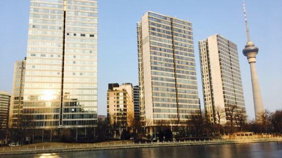 Cuiweiyanyu Park