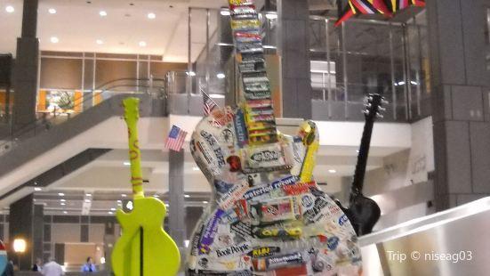 Austin Bergstrom International Airport (AUS)