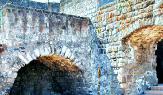 索倫托中世紀城牆