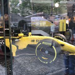 雷諾汽車展示中心用戶圖片