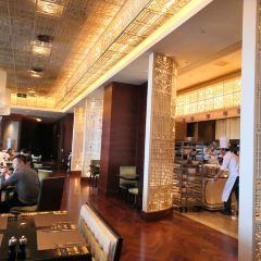 Jun Yue Café User Photo