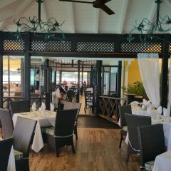 Champers Restaurant User Photo