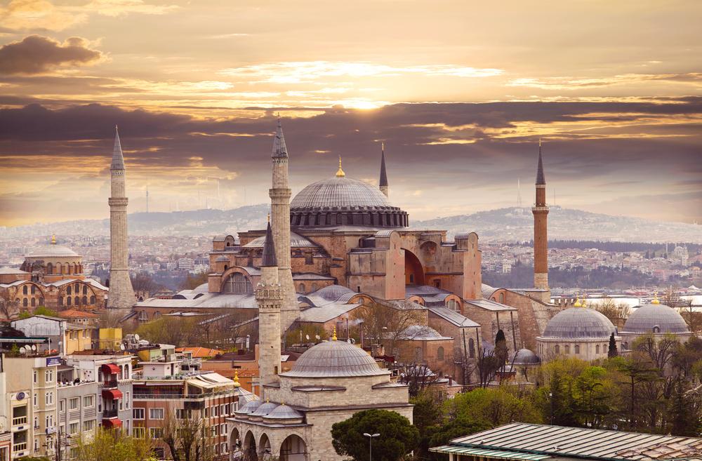 土耳其伊斯坦布爾聖索菲亞大教堂+地下水宮免排隊一日遊