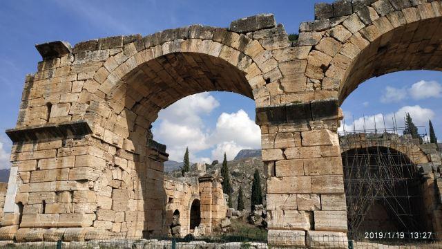 希拉波里斯考古博物館
