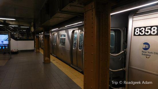 14 Street - Union Square Station