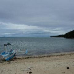 Lugutan Beach User Photo