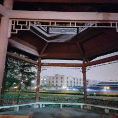 Luoyong Park User Photo