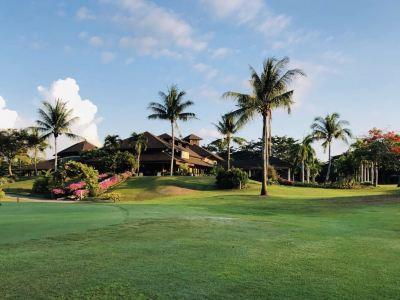 99 East Golf Club