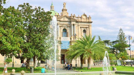龐貝玫瑰聖母堂