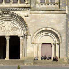 Église Sainte-Madeleine User Photo
