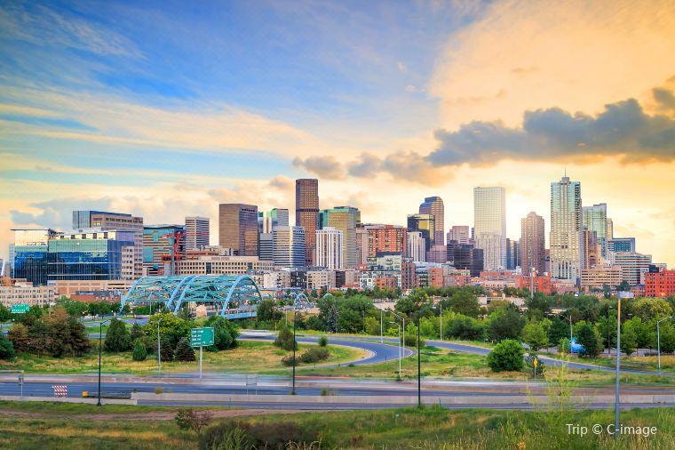 Top 10 Burgers in Denvers