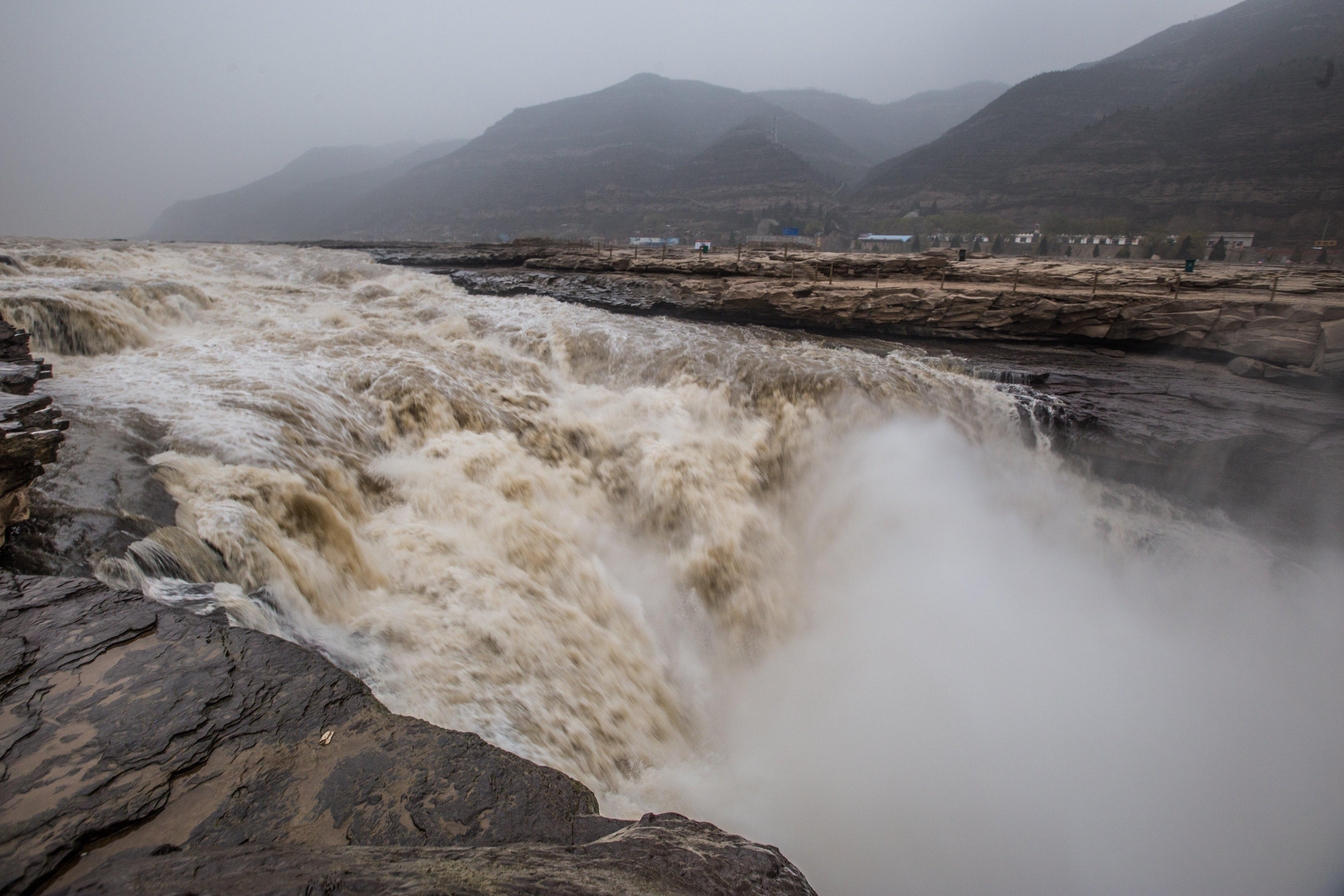China's Top 10 Scenic Waterfalls