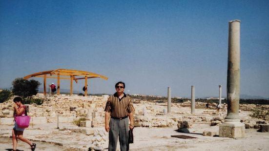 库里安古城遗址位于塞浦路斯西南海岸的利马索尔沿海地区的山地上