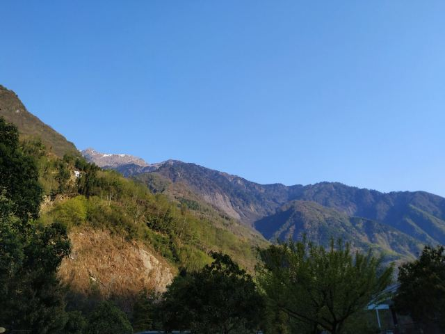 Shenlong Hotspring Holiday Resort