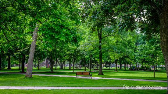 Notre Dame de Grâce Park