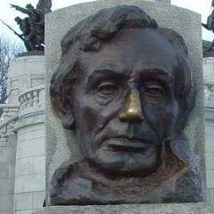 Lincoln Tomb & War Memorials User Photo