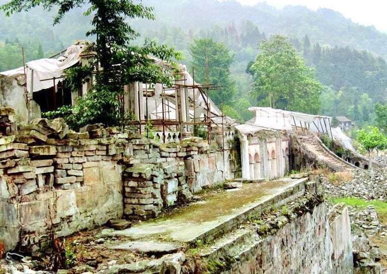 펑저우 룽먼산 지진 유적 공원
