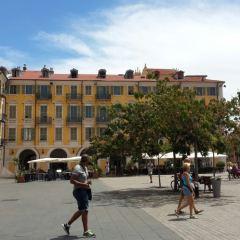Place Garibaldi User Photo