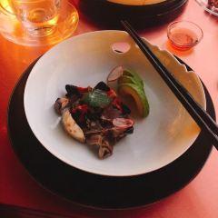 Yan Xi Hu User Photo