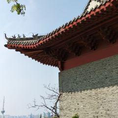 Yunlong Shan Gongyuan Dashiyan Temple User Photo