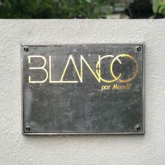 Blanco Par Mandif User Photo