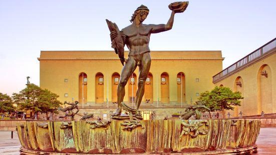 海神波賽東雕塑