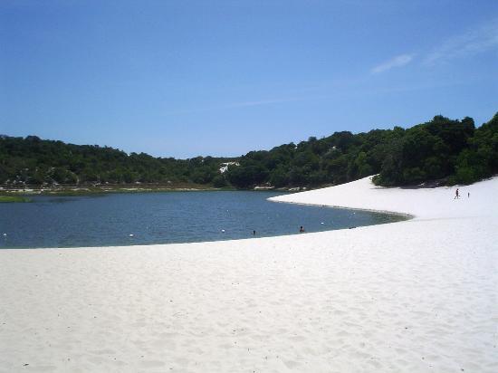 阿巴葉德湖