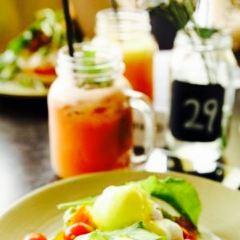 Ozmosis Cafe Kitchen User Photo