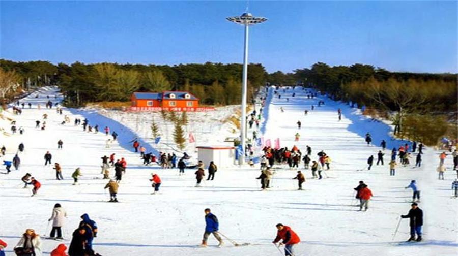 瀋陽棋盤山滑雪場