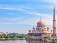馬來西亞不止是大海的藍色,還擁有一抹溫柔的粉紅色
