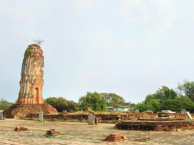 니웨 탐라프라왓 사원