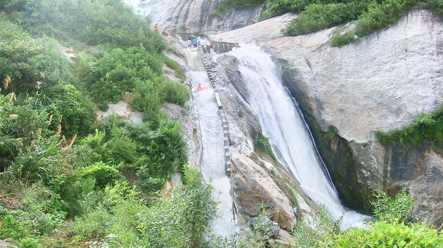天景山大峽谷漂流